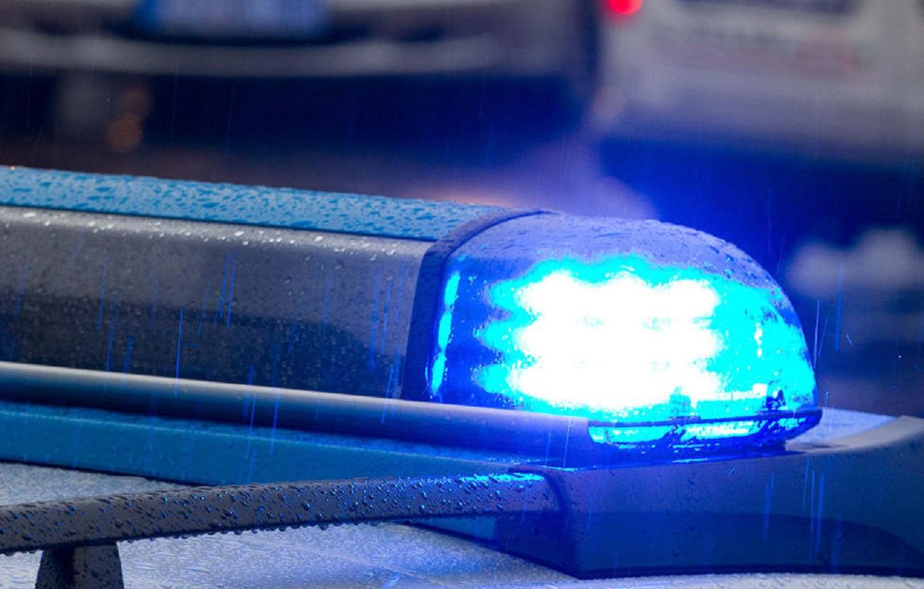 Встолкновении 2-х фургонов умер шофёр, пострадали женщина иребёнок