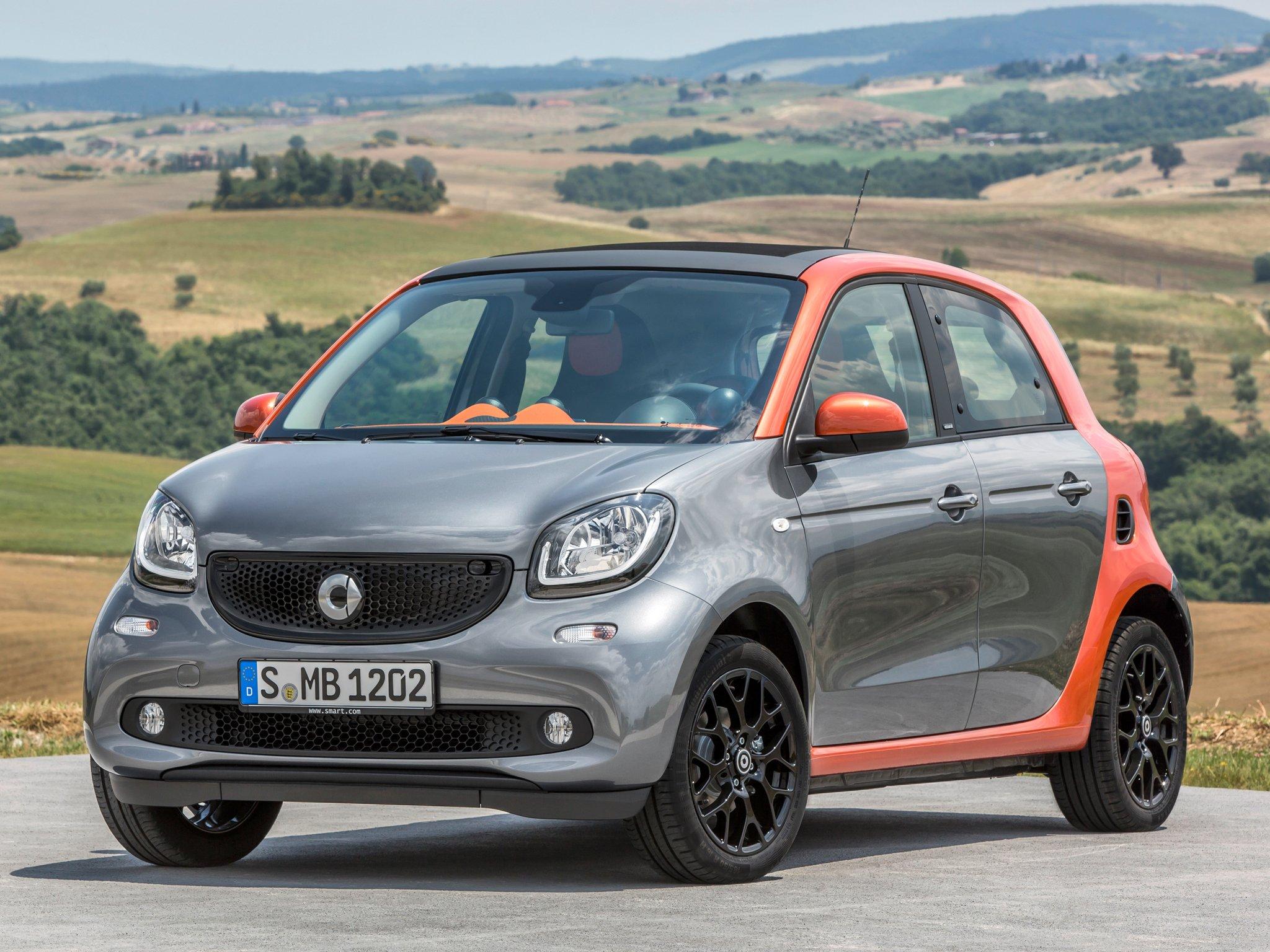 Раскрыта цена нового поколения автомобиля Smart в России