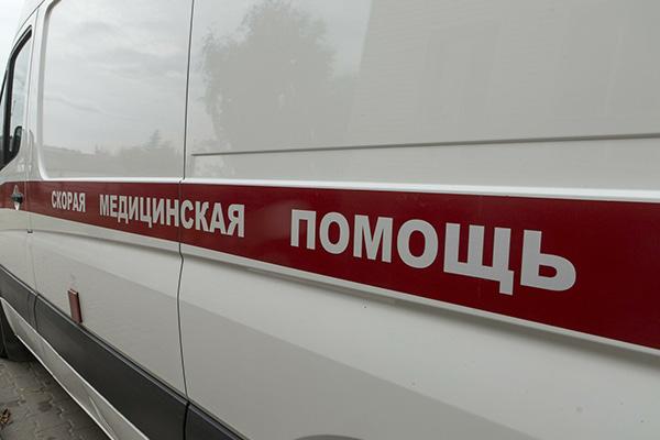 ВПрокопьевском районе грузовая газель врезалась встоящий КамАЗ