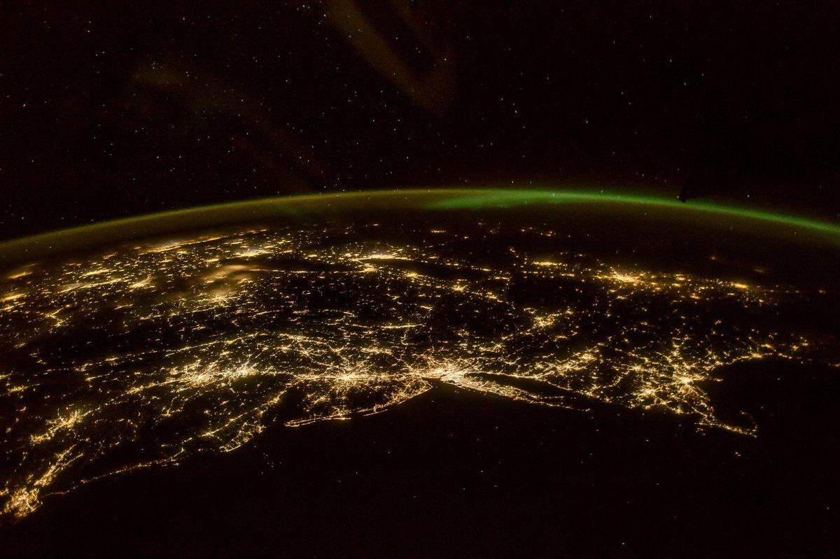 Астронавт NASA сделал неповторимый снимок северного сияния изкосмоса