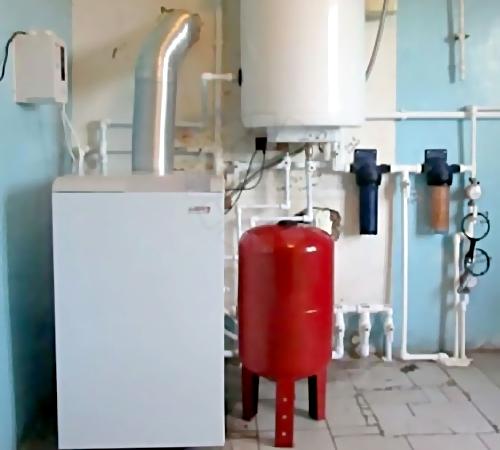 Взрыв бытового газа произошел вмногоквартирном доме вЧебаркуле