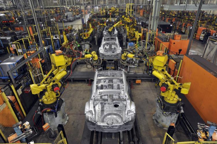 Производство легковых авто в РФ всамом начале года упало на9%