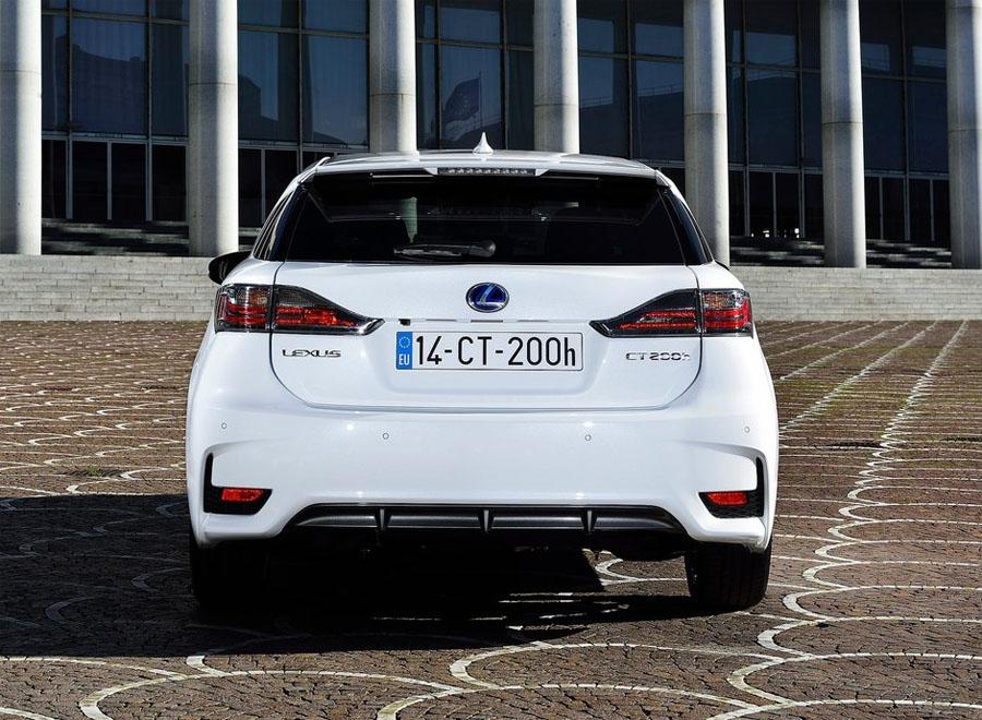 Новое поколение Lexus CT 200h будет представлено в 2017 году