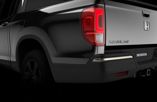 Компания Honda опубликовала тизер пикапа Ridgeline нового поколения