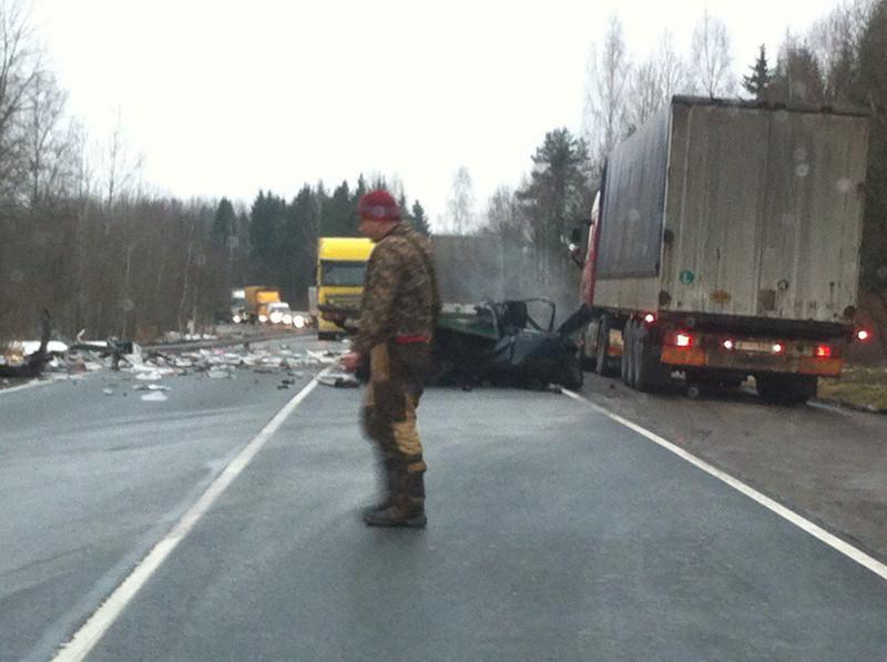 В трагедии смусоровозом наКиевском шоссе умер один человек