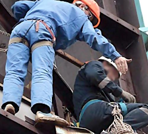 ВУфе рабочий сорвался с15 этажа иразбился насмерть