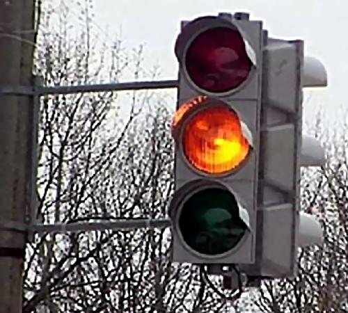ВПерми иностранная машина проскочила на«желтый» исбила студентку напереходе