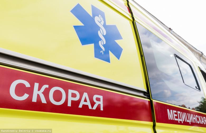 ВКузбассе пассажирка, выходящая измаршрутки, угодила под колеса автобуса