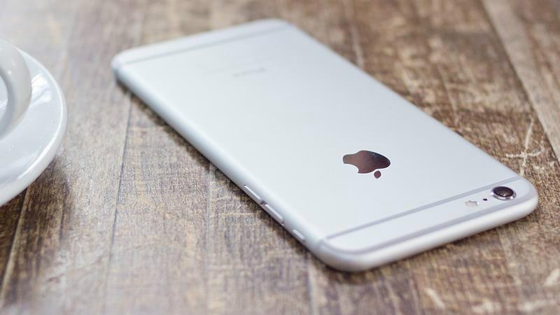 IPhone 8 получит AMOLED-экран Самсунг
