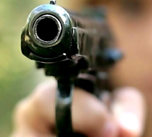 ВЕкатеринбурге схвачен стрелявший около торгового центра. Конфликт произошел из-за парковки