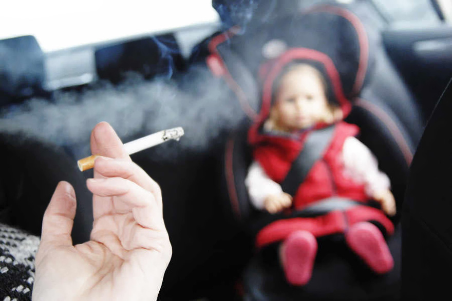 Ученые: Пассивное курение вызывает рост раковых опухолей